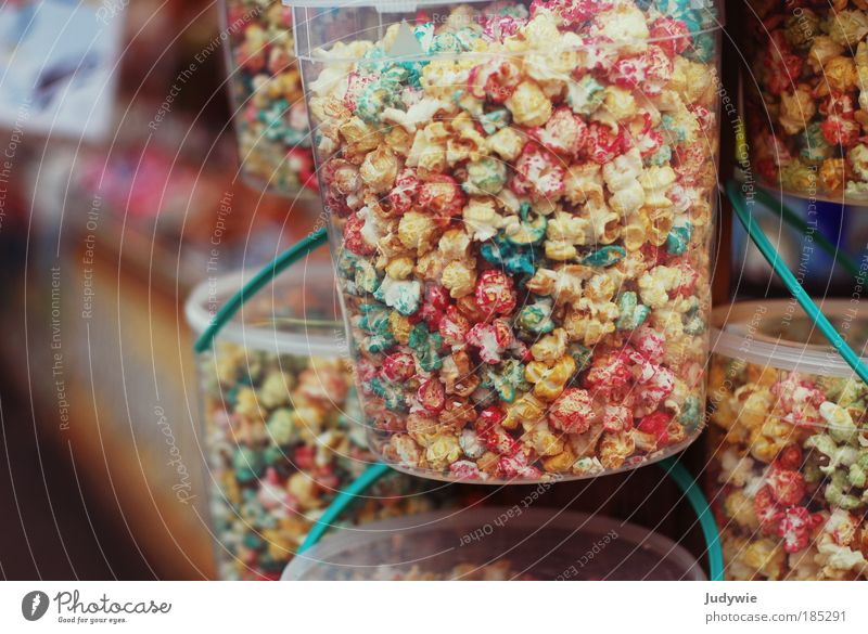 Kirmespopcorn Freude Ernährung Farbstoff Lebensmittel Feste & Feiern Ausflug Freizeit & Hobby süß Fröhlichkeit Kultur lecker Süßwaren Jahrmarkt Kino Eimer ungesund