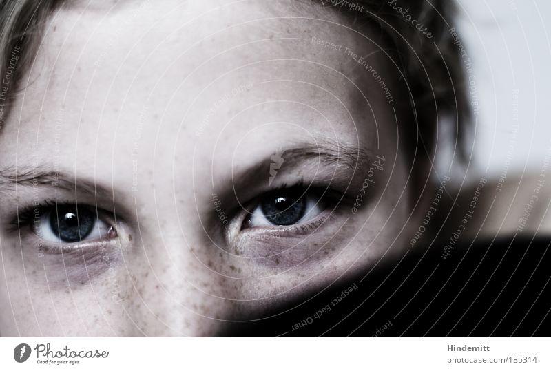 Self | Schönes erstes ... Mensch Jugendliche schön Porträt Gesicht schwarz Auge Einsamkeit dunkel Frau feminin Haare & Frisuren Kopf Angst Haut blond