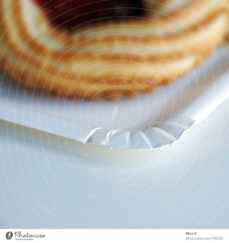 Pfauenauge klein Lebensmittel Ernährung Kreis süß Übergewicht Appetit & Hunger lecker Süßwaren Kuchen Teller saftig Zucker Backwaren Teigwaren Dessert