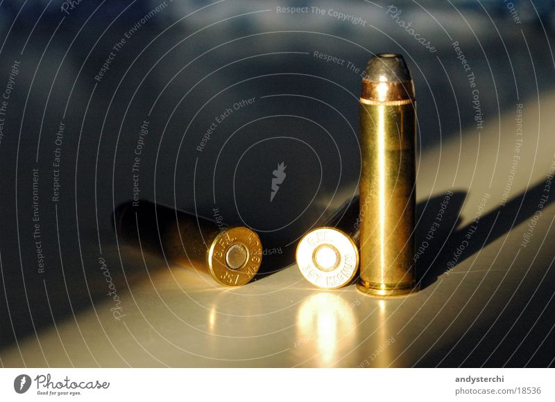 Ammunition Metall 3 Dinge Kugel Waffe Pistole Schuss Munition Bildart & Bildgenre