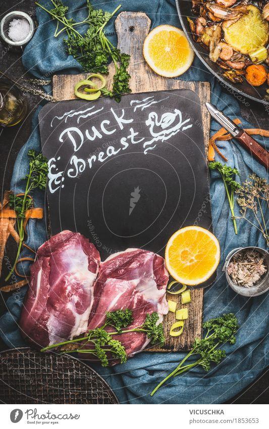 Entenbrust Braten zubereiten Lebensmittel Fleisch Gemüse Orange Kräuter & Gewürze Öl Ernährung Mittagessen Festessen Bioprodukte Geschirr Stil Design Tisch