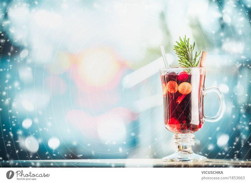 Winter und Weihnachten Stimmung mit Glühwein Natur blau Weihnachten & Advent rot Freude Winter Wärme Hintergrundbild Lifestyle Schnee Stil Feste & Feiern Stimmung Design Frucht Kräuter & Gewürze