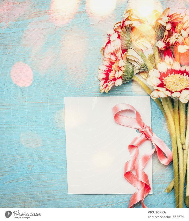 Schöner Blumenstrauß mit Grußkarte und Schleife Pflanze Blume Blatt Freude Blüte Liebe Stil Feste & Feiern Stimmung Design rosa Dekoration & Verzierung retro Geburtstag Romantik Postkarte