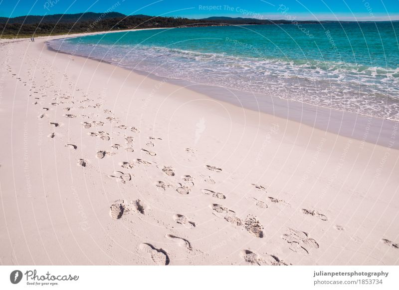 Schritte an der Bucht von Fires Beach, Tasmanien schön Ferien & Urlaub & Reisen Sommer Strand Meer Wellen Fuß Natur Landschaft Sand Himmel Wärme Felsen Küste