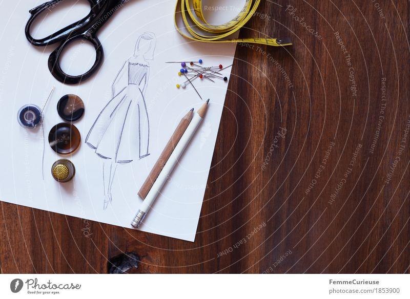 Modedesign_1853900 Kreativität machen Modezeichnerin Entwurf planen zeichnen Bleistift Zeichnung Damenmode Kleid Rock Schere Knöpfe Maßband Schneidern Nähen