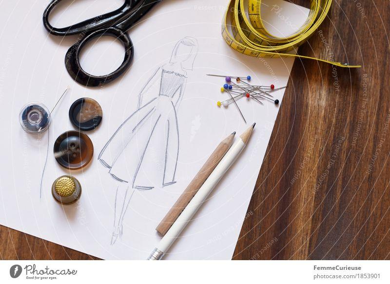 Modedesign_1853901 Kreativität Schneidern Nähen machen Maßband messen Stecknadel Damenmode Bekleidung Designer Kleid Rock Knöpfe Schere Fingerhut Nähgarn