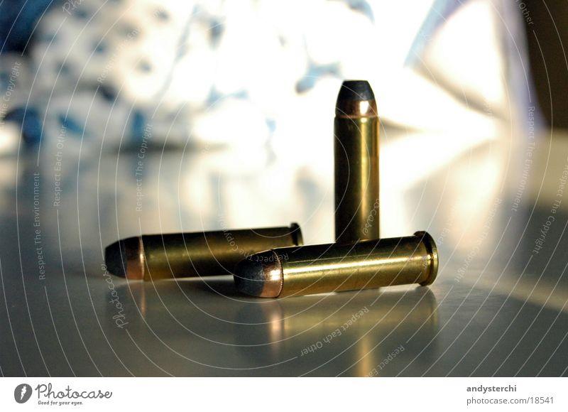 Patronen Metall 3 Dinge Kugel Waffe Pistole Schuss Munition Bildart & Bildgenre