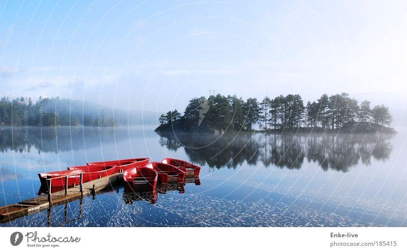 red boat lake fog Natur Wasser Einsamkeit See Erholung Leben kalt Landschaft Stimmung Angst Freizeit & Hobby Nebel Insel authentisch Luftaufnahme
