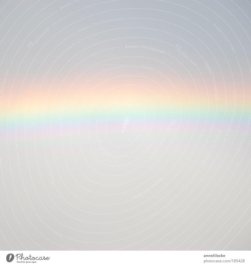 Regenbogen im Quadrat Natur Himmel Wolken Sommer Klima Wetter Schönes Wetter schlechtes Wetter schön grau zart Streifen Bogen gestreift bedeckt träumen Farbfoto