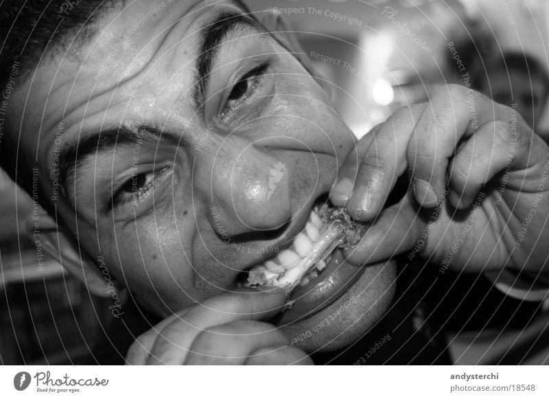 Monster Skelett Hand Mann Ernährung kfc chicken Kopf bw Appetit & Hunger grrrr Zähne
