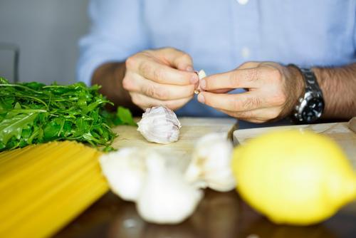 Kochen Lebensmittel Gemüse Salat Salatbeilage Frucht Getreide Ernährung Essen Mittagessen Vegetarische Ernährung Diät Fasten Slowfood Italienische Küche