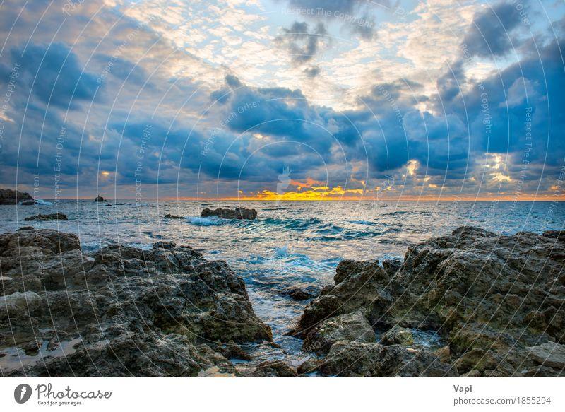 Seelandschaft mit schlechtem Wetter Himmel Natur Ferien & Urlaub & Reisen blau Farbe Sommer Wasser weiß Sonne Meer Landschaft rot Wolken Strand schwarz gelb