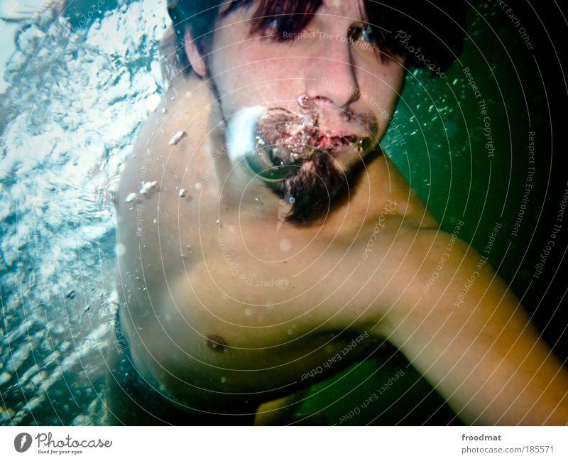 bubble shooter Mensch Mann Natur Jugendliche Wasser Freude Erwachsene Erholung kalt Umwelt nackt Freizeit & Hobby Mund Schwimmen & Baden maskulin