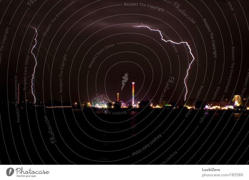 Wer will nochmal...? Himmel Freude Regen Feste & Feiern Angst Brücke Energiewirtschaft Nachthimmel Blitze Jahrmarkt Gewitter Unwetter Urelemente Stadt Entertainment