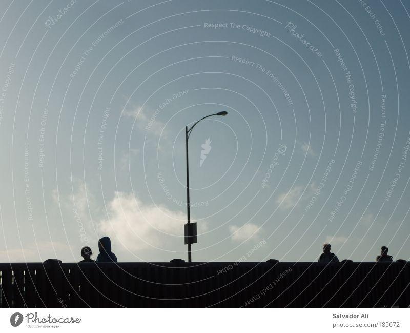 Hui Buhs auf Golden Gate blau schwarz Lampe kalt Kopf gehen Trauer Brücke modern USA gruselig Stadt Silhouette Geister u. Gespenster Straßenbeleuchtung