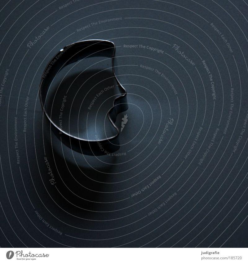 Mond Ernährung Metall Zeichen leuchten dunkel Kitsch Strukturen & Formen Plätzchen Halbmond Mondgesicht Nacht Farbfoto Innenaufnahme Hintergrund neutral