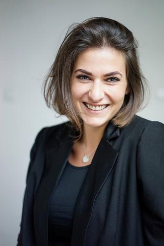 Portrait Mensch schön Freude Gesicht Lifestyle feminin Stil Business Haare & Frisuren Zufriedenheit Erfolg Haut Zukunft lernen Studium planen