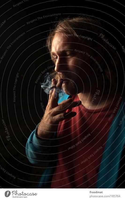 gesundheitsgefährdung Mensch Jugendliche Nebel maskulin Coolness Rauchen Tabakwaren Gesellschaft (Soziologie) Leidenschaft genießen Zigarette atmen Zerstörung