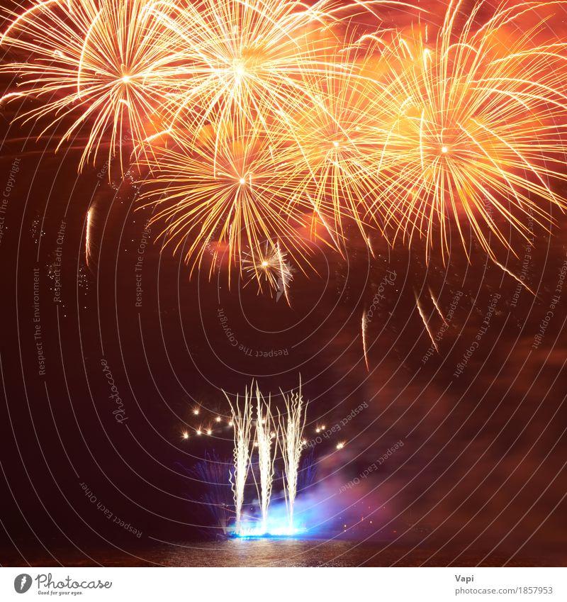 Rote bunte Feuerwerke Himmel blau Weihnachten & Advent Farbe grün Wasser weiß rot Freude dunkel schwarz gelb Kunst Freiheit Feste & Feiern Party