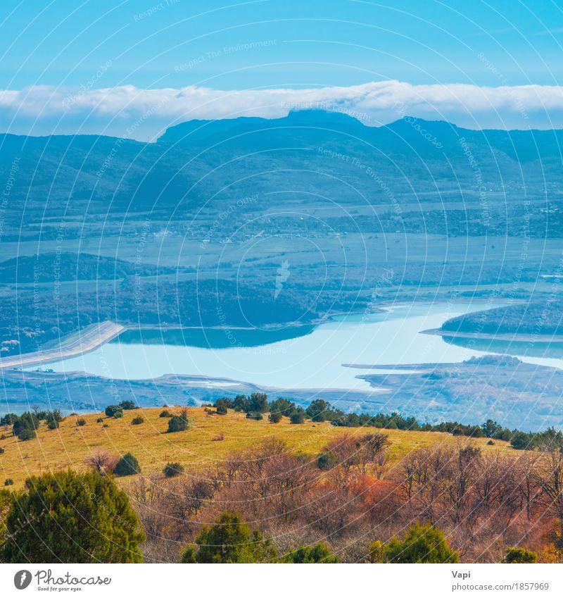 Blaue Berge bei Sonnenuntergang mit See Himmel Natur Ferien & Urlaub & Reisen blau Sommer grün Wasser weiß Baum Landschaft Wolken Wald Berge u. Gebirge Umwelt