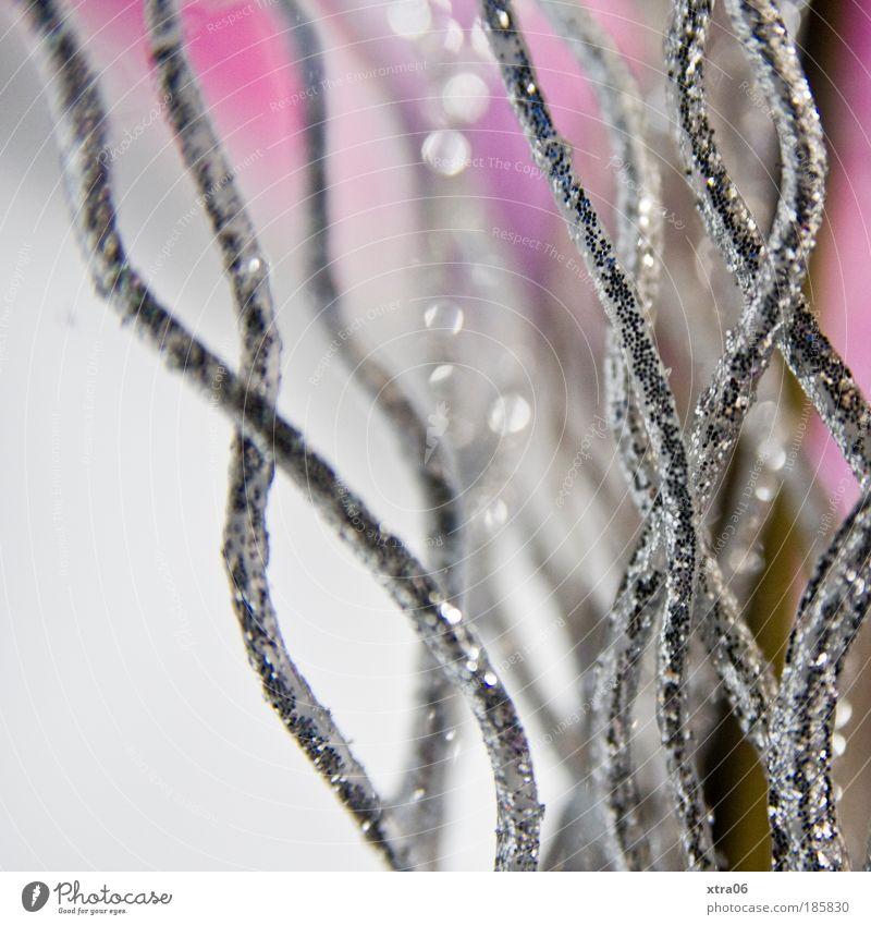 dekoration Kunstwerk ästhetisch elegant geschwungen Schwung Wellenform Silber glänzend rosa Farbfoto Innenaufnahme Nahaufnahme Detailaufnahme Makroaufnahme