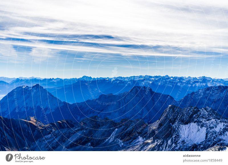 alpen Natur Landschaft Felsen Alpen Berge u. Gebirge Gipfel wandern achtsam Vorsicht Gelassenheit geduldig ruhig Selbstbeherrschung Farbfoto Außenaufnahme