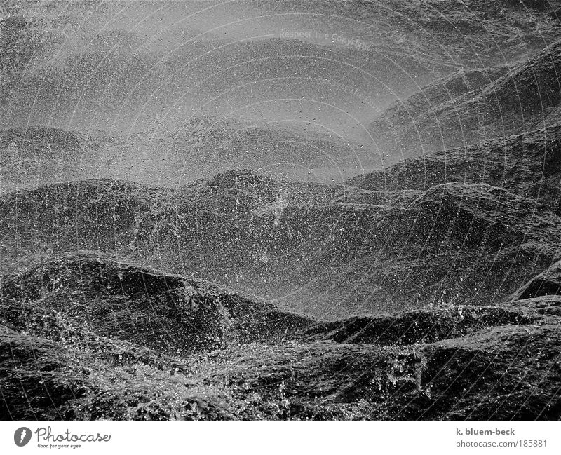 Felsenmeer Wellen Natur Urelemente Erde Wasser Wassertropfen Unwetter Sturm Berge u. Gebirge Meer Wellengang Wasserfall Felswand Stein außergewöhnlich