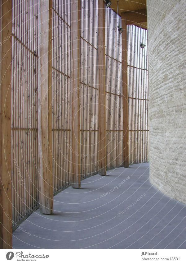 Zwischenraum 1 Berlin Holz Gotteshäuser Lehm