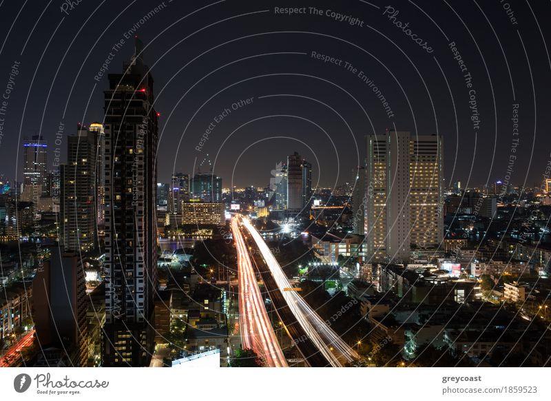 Nacht belichtete Bangkok, Thailand Fluss Hochhaus Brücke Gebäude Architektur Verkehr Straße Wege & Pfade Autobahn PKW Bewegung Panorama Asien Großstadt