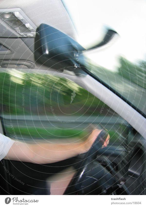 ... und wir fahr'n... PKW Arme Verkehr Geschwindigkeit Autobahn Lenkrad