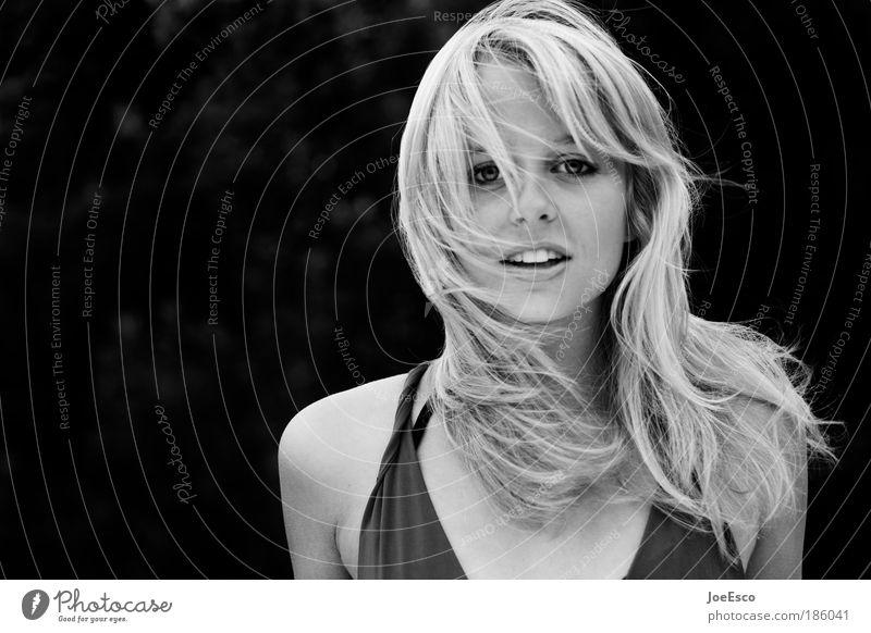 #186041 schön Haare & Frisuren Gesicht Gesundheit Leben feminin Frau Erwachsene Kopf Mensch Sommer Wind blond langhaarig Kommunizieren Lächeln lachen Blick