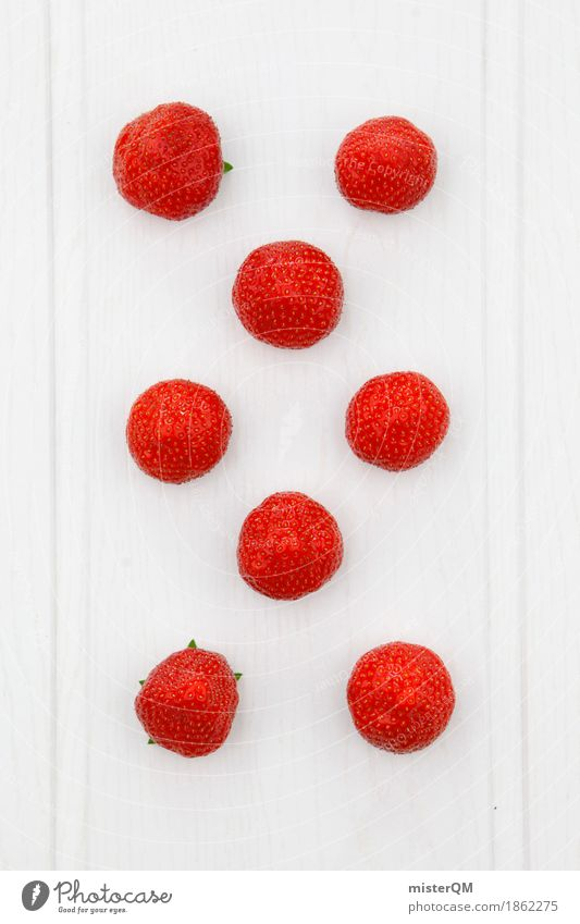 achtbeerig. weiß rot Foodfotografie Kunst Design Frucht ästhetisch Punkt 8-13 Jahre Kunstwerk Symmetrie Erdbeeren gestalten achtsam Erdbeereis