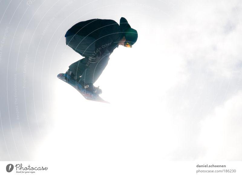 am 12. ist Saisoneröffnung !!! Mensch Ferien & Urlaub & Reisen Jugendliche weiß Freude Winter 18-30 Jahre Erwachsene Gefühle Bewegung Glück fliegen hell springen maskulin Freizeit & Hobby
