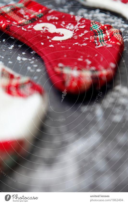 AKCGDR# Weihnachten 3 Kunst Kunstwerk ästhetisch Strümpfe Weihnachten & Advent Schnee rot Kalender Adventskalender Farbfoto mehrfarbig Innenaufnahme