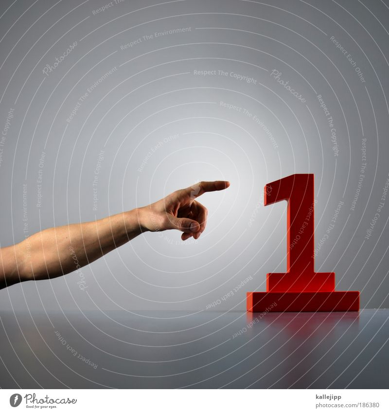 1st time Mensch Hand rot Arme maskulin Erfolg Wachstum Zukunft planen Ziffern & Zahlen Schriftzeichen Ziel Zeichen Finger zeigen