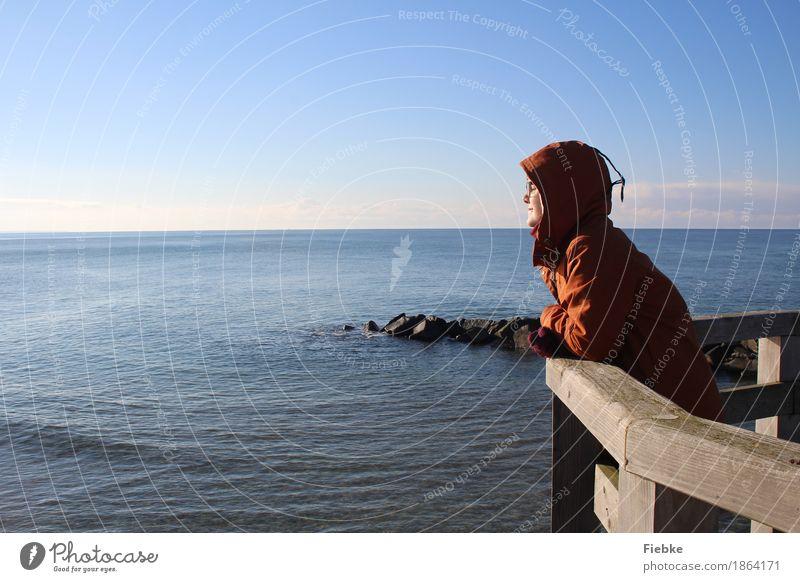 Wintersonne harmonisch Wohlgefühl Zufriedenheit Erholung ruhig Ferien & Urlaub & Reisen Ausflug Ferne Freiheit Sonne Meer Winterurlaub feminin Junge Frau