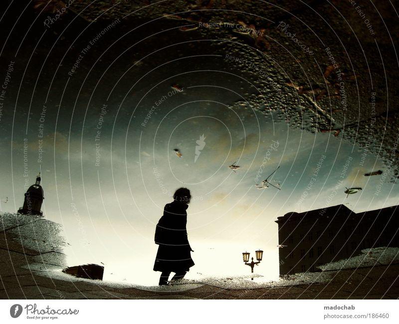 so sah die zukunft aus ... Frau Wasser Mensch Stadt Winter Einsamkeit kalt Berlin Herbst Natur feminin Gefühle Sonnenaufgang Schatten abstrakt Licht