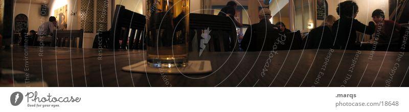 Schlappen Gastronomie Panorama (Aussicht) Tisch trinken Getränk Rauchen verboten Ernährung Kneipe Freiburg im Breisgau Glas marqs groß Panorama (Bildformat)