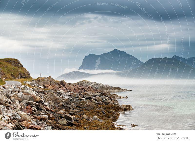 Himmel Natur Ferien & Urlaub & Reisen blau Sommer Meer Landschaft Wolken Strand Berge u. Gebirge Küste Stein Felsen Tourismus Regen Nebel