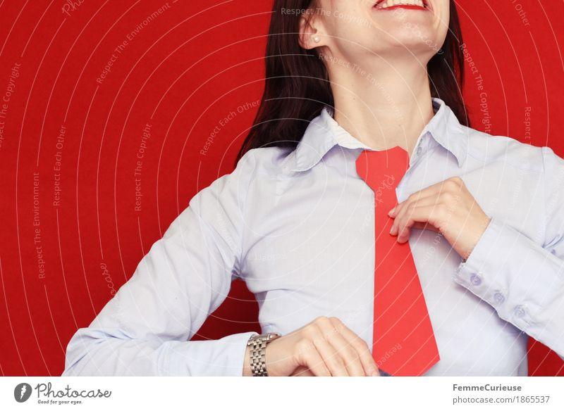 Business Mensch Frau Jugendliche Junge Frau rot 18-30 Jahre Erwachsene feminin Uhr Erfolg Lächeln Hemd Karriere selbstbewußt Geschäftspartner
