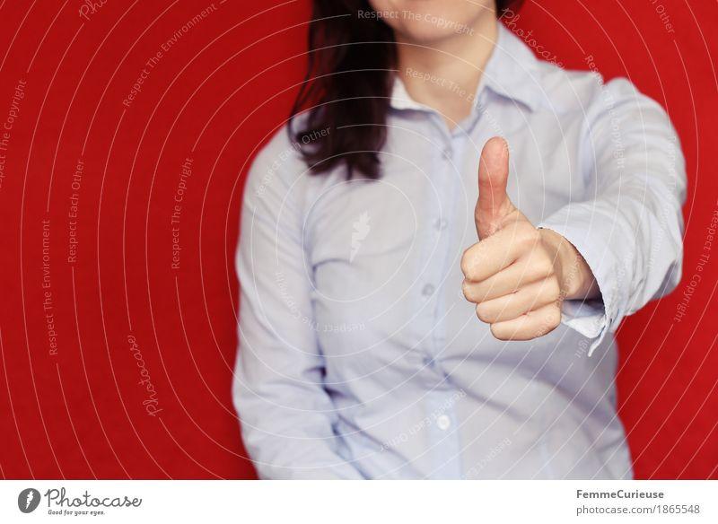 Business09 Mensch Frau Jugendliche Junge Frau Hand rot 18-30 Jahre Erwachsene feminin Erfolg hoch Hemd Karriere positiv Berufsausbildung