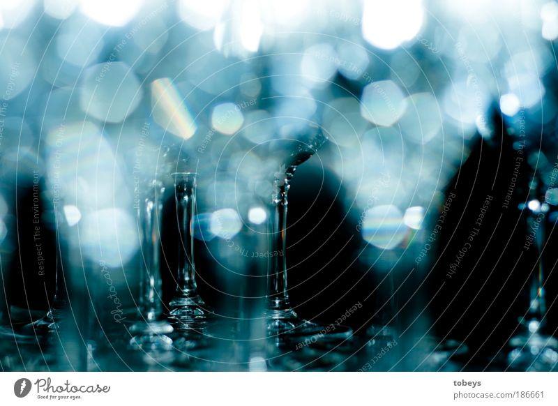 bling bling Reflexion & Spiegelung Feste & Feiern Party glänzend leuchten Glas Getränk Sauberkeit Reinigen Gastronomie rein Restaurant Geschirr Bar Alkohol Blitzlichtaufnahme