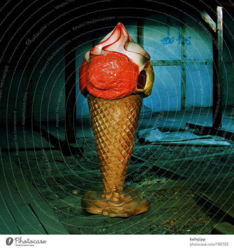 fettdepot Dessert Speiseeis Ernährung Lifestyle Häusliches Leben Haus Werbung Sahne Waffel aufsteller aussenwerbung Sommer Dachboden stehen Süßwaren lutschen