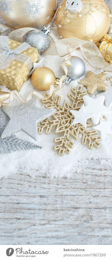 Silberne und goldene Weihnachtsdekorationen und Geschenkboxen Besteck elegant Schnee Dekoration & Verzierung Feste & Feiern Weihnachten & Advent