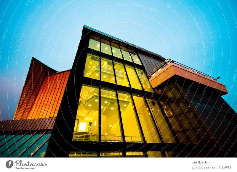 Philharmonie, abends Himmel Wand Fenster Berlin Architektur Glas Fassade Gebäude Treppe modern Kultur Show Konzert Licht Eingang