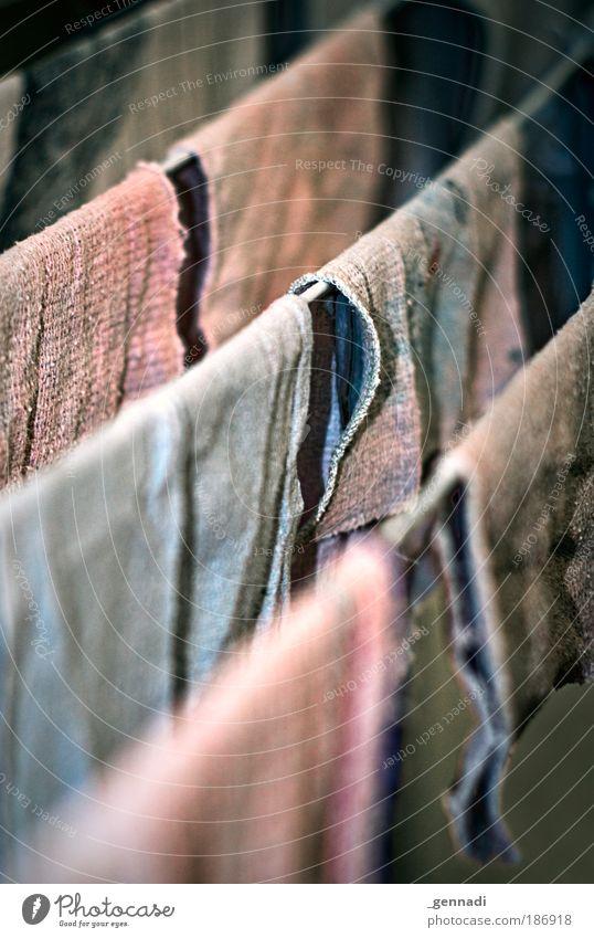 Unter Waschlappen Seil Sauberkeit hängen Angsthase hängend Putztuch Schmutzwäsche