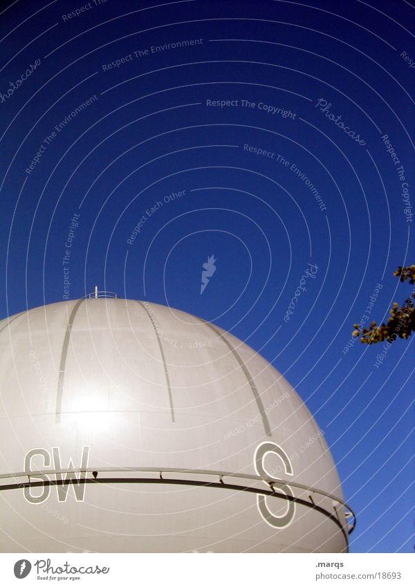 gen Süden Behälter u. Gefäße Südwest rund Elektrisches Gerät Technik & Technologie Kugel Gas Himmel Schwarzweißfoto