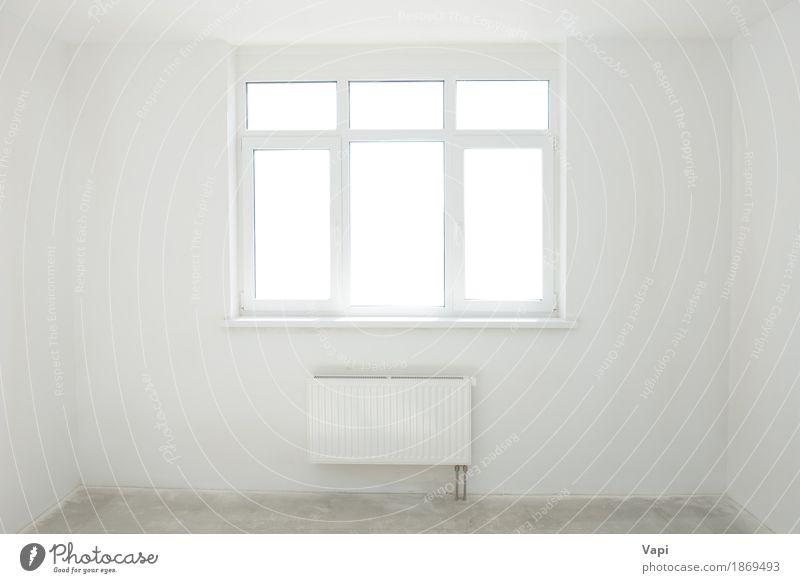 Weißer Raum mit Fenster elegant Stil Design Wohnung Haus Innenarchitektur Sonnenlicht Architektur Mauer Wand Beton modern neu Sauberkeit grau weiß Farbe Idee
