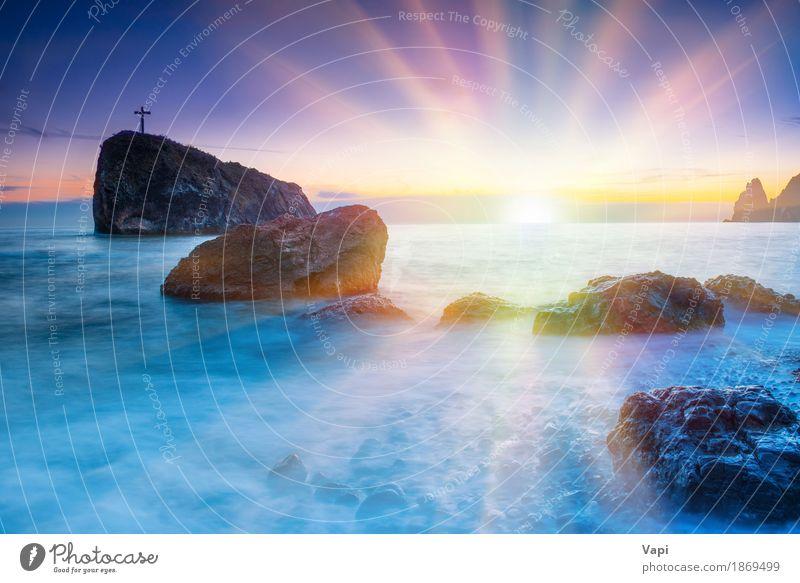 Sonnenuntergang am Strand mit Meer Himmel Natur Ferien & Urlaub & Reisen blau Farbe Sommer Wasser weiß Landschaft rot Wolken gelb Küste