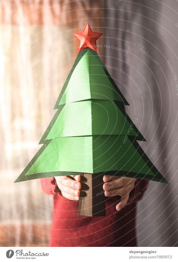 Frau im roten Strickjackehalttannenweihnachtsbaum Glück schön Winter Dekoration & Verzierung Feste & Feiern Weihnachten & Advent Mensch Mädchen Erwachsene Baum